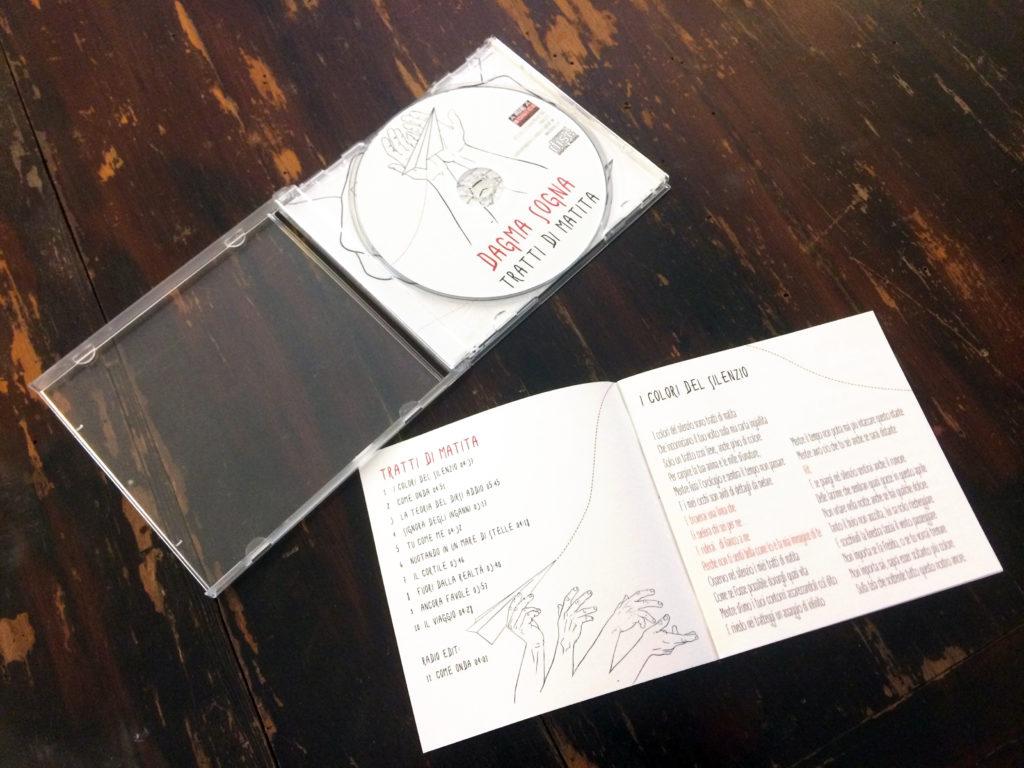 dagma sogna tratti di matita booklet e cd label